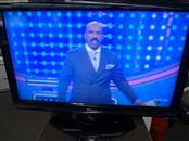 "SHARP FLAT PANEL TV LC-C4067UN - 40"" SCREEN -  ORIGINAL REMOTE - GOOD CONDITION"